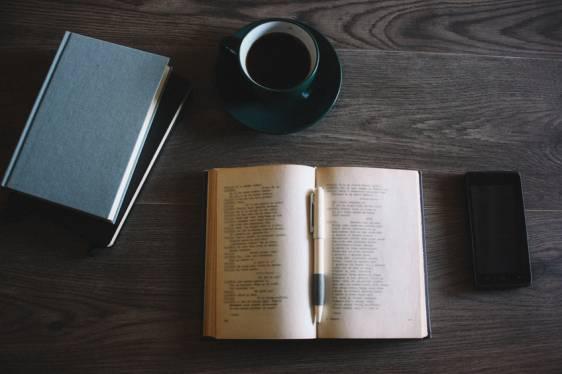 livro-e-cafe